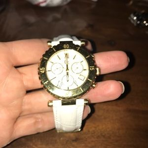 Clean Guess Collection watch, working condition